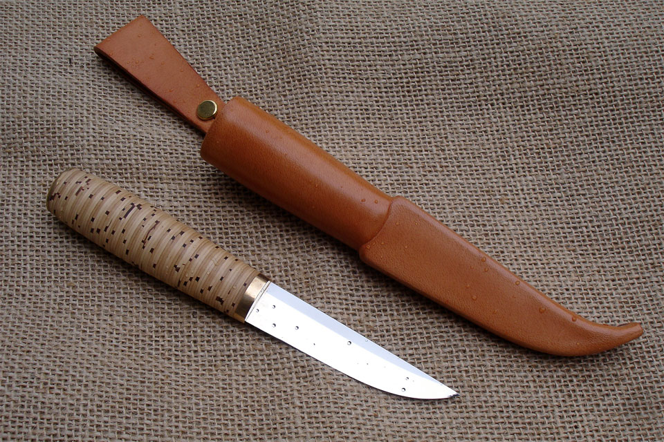 Tuohipuukko with sheath